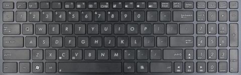 Sony-VAIO-SVE1511B4E-Notebook-Klavye